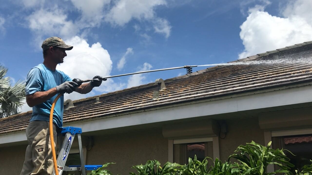 Roof Wash near Lakewood Ranch